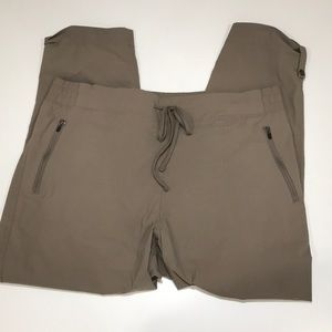 Eddie Bouer stretchy active wear pants